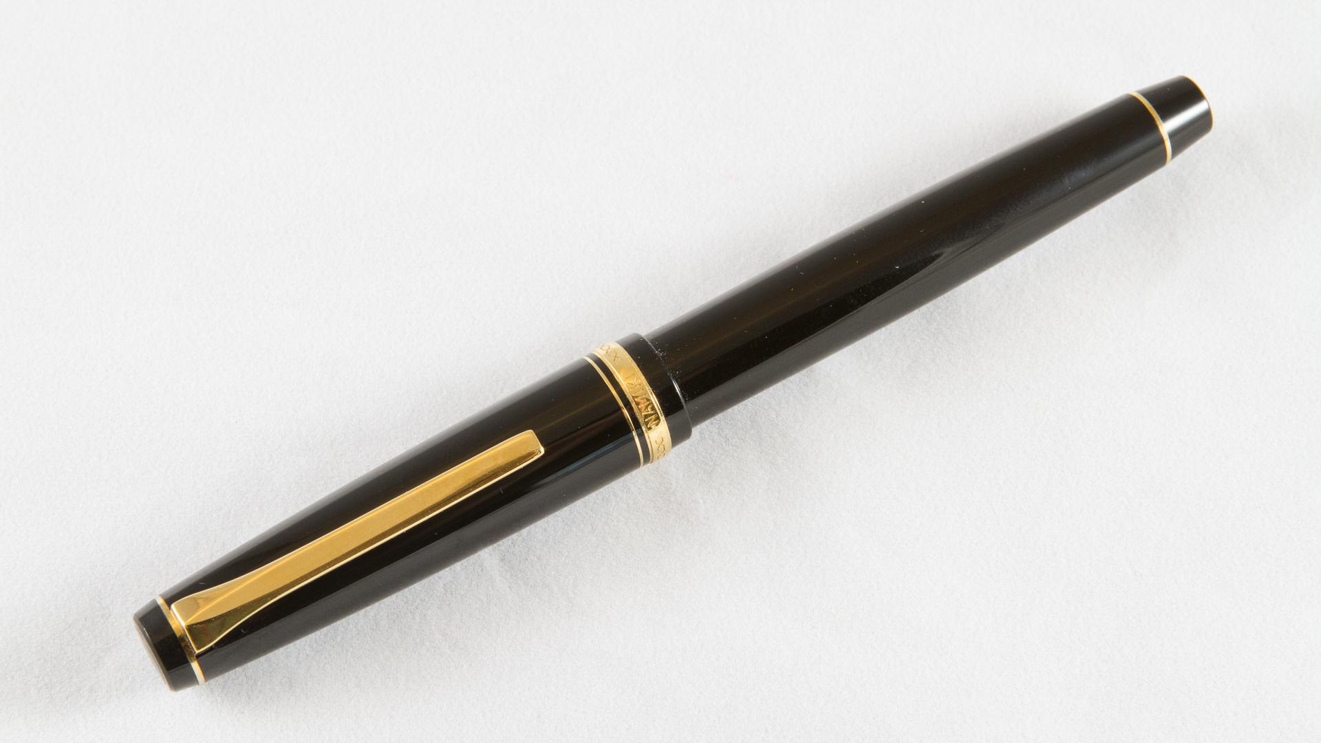 Pen Review: Namiki (Pilot) Falcon Acrylic